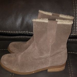 Sole society faux fur boots 8